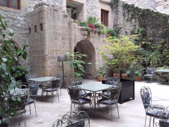 Parador de Hondarribia: patio