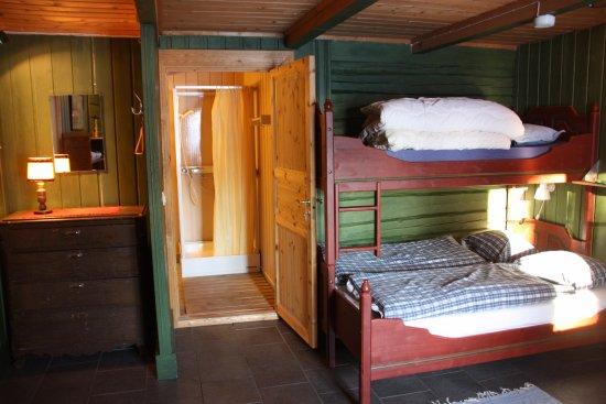 Stokke, Norwegia: Fra en av leilighetene på bondegårdsferie for familier på Aarholt-tunet