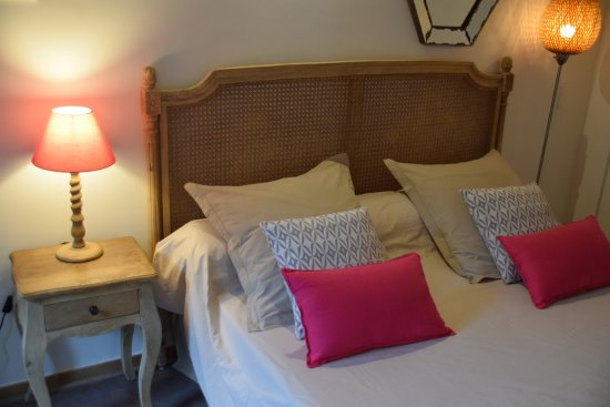 Puget, France : chambre gourmandise