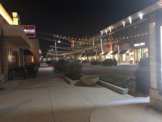 The Promenade Bolingbrook Photo