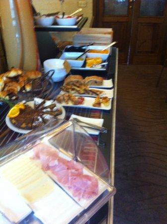 Corte dei Medici: foto del buffet colazioni