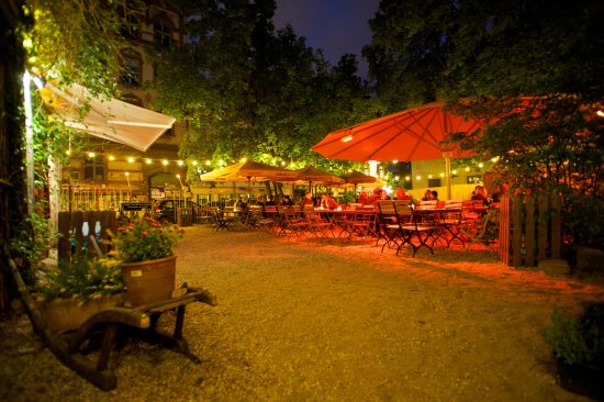 Der Romantische Biergarten In Dresden Picture Of Louisengarten