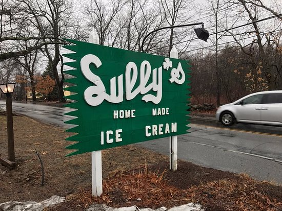 Chelmsford, MA: Sully's