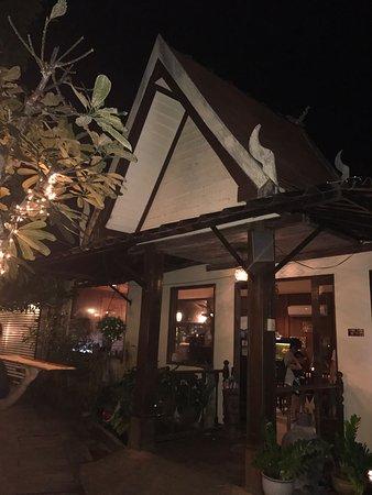 Tawai Thai Restaurant: photo1.jpg