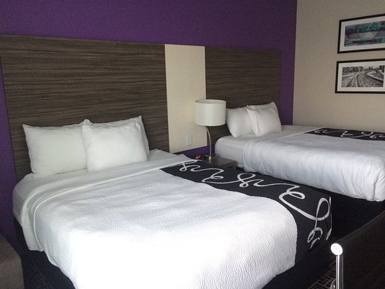 Forsyth, Джорджия: Brand-new hotel with very clean rooms and big comfy beds.