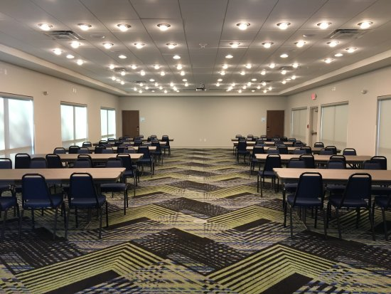 Russellville, AR: Meeting Space