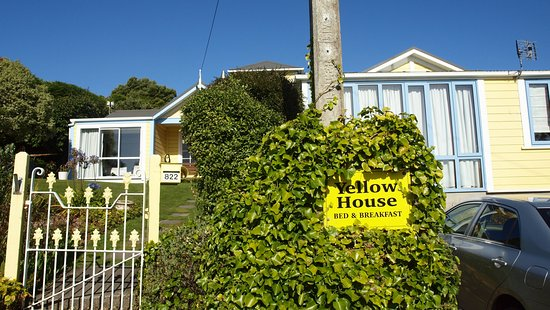 Yellow House Bed & Breakfast Photo