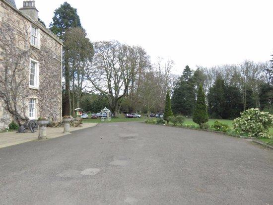 Fernie Castle Hotel: looking towards the car park