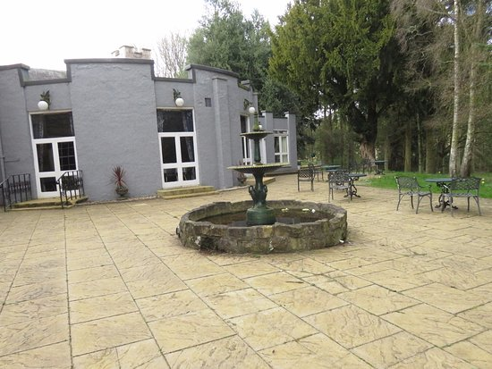 Letham, UK: Function room and outside patio