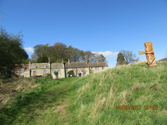 Danby, UK: The Woolly Sheep, left _ Visitors Centre, right_ Moors National Park Centre