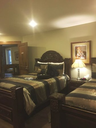 Grand Forks, Kanada: The Daily room