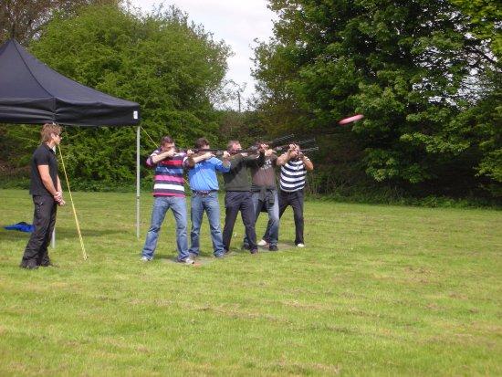 Auchinleck, UK: Laser Clay shooting minimum 5 people