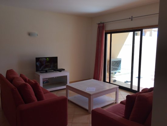 Estrela da Luz: And sitting area leading to balcony