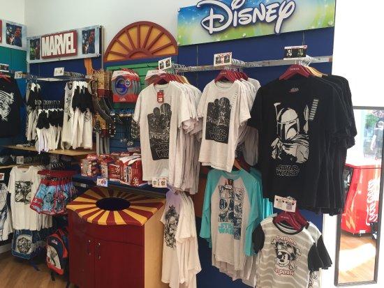 Mackinaw City, MI: STAR WARS, SPIDER MAN, MICKEY & Minnie! Ariel, Frozen + more!