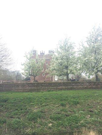 Tattershall Castle : photo1.jpg