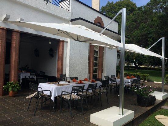 LAICO Lake Victoria Entebbe Hotel: New umbrellas.
