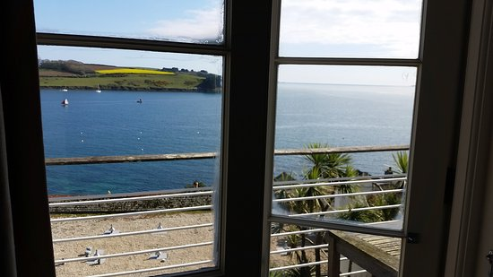 St Mawes, UK: 20170406_155437_large.jpg