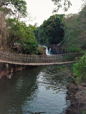 Tad Pha Suam Waterfall: Pha Suam