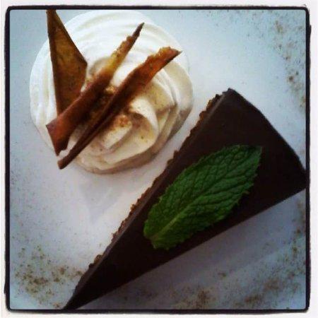 The Wooden Monkey : Chocolate Tofu pie
