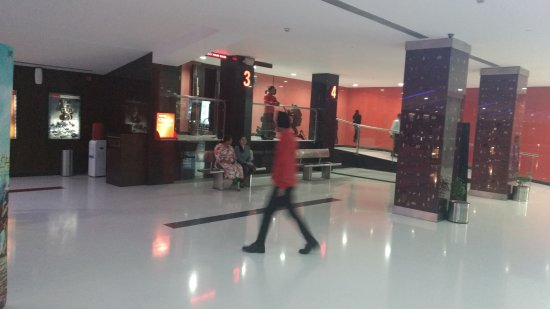 Waves Mall