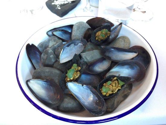 Raymonds Restaurant: photo1.jpg