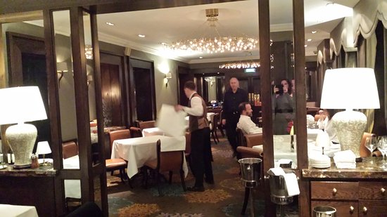 20170401 232554 bild von the saddle room for Best private dining rooms dublin
