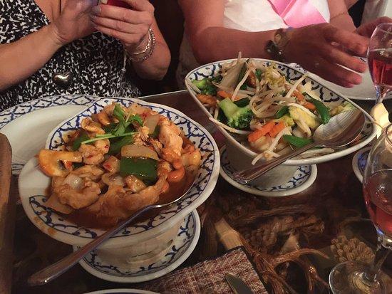 Restaurants Thai Orchid Banbury In Cherwell With Cuisine