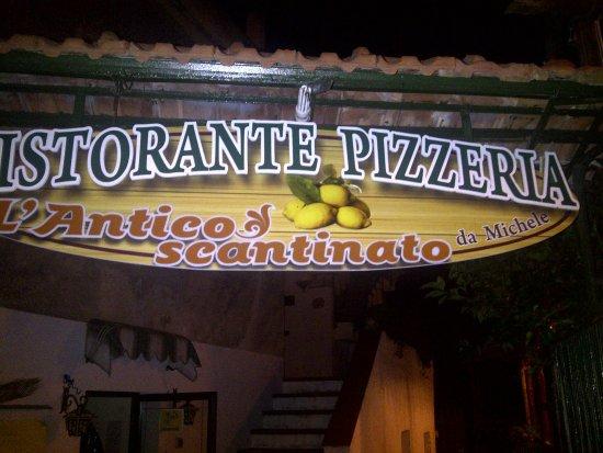 Schiazzano, Italy: la nostra   insegna