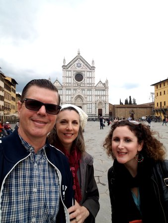 Guided Tours of Florence: Alessia is on the right and you can see what a great time we're all having.