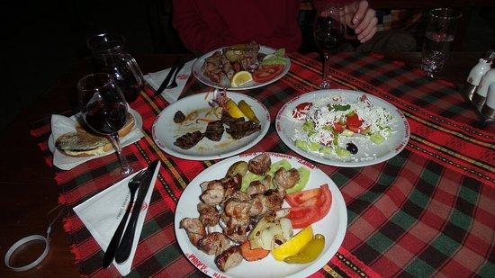 Dayana Restaurant 1 : 20170329_213711_large.jpg
