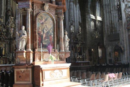 Photo of Monument / Landmark St. Stephen's Cathedral at Stephansplatz 3, Vienna 1010, Austria
