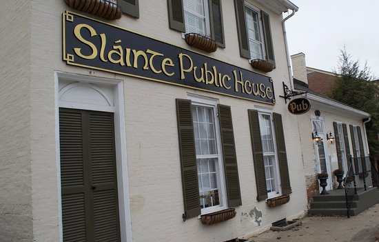 Georgetown, KY: Slainte is located right on Main Street