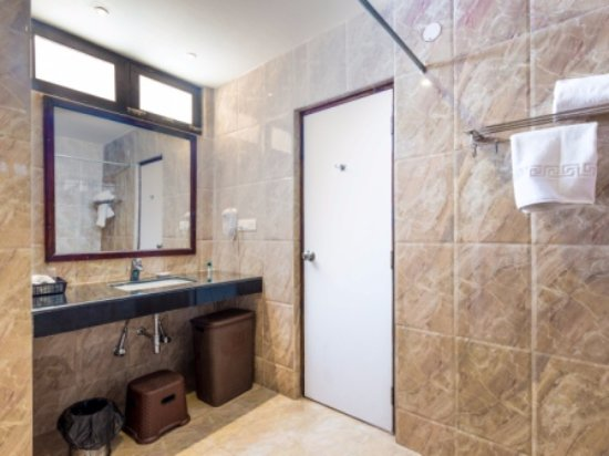 . Spacious   Modern Washrooms   Picture of The Tranquil Inn  Manali