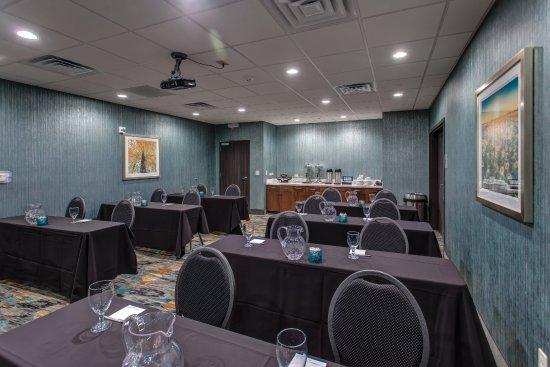 Interior - Picture of Hampton Inn & Suites Wichita/Airport, Wichita - Tripadvisor