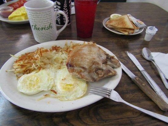 Shamrock, TX: Pork chops