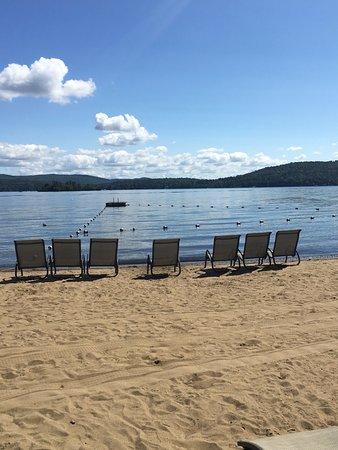 Still Bay Resort: 300' of private sandy beachfront