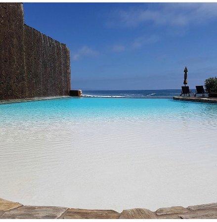Las Olas Resort & Spa: P