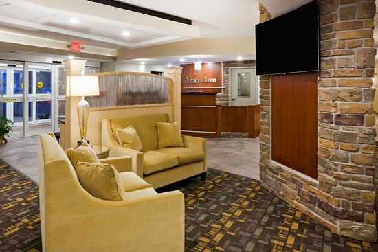 Americinn Hotel Suites Dewitt