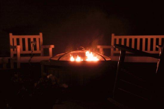 Lincolnville, ME: Fire-Pit Deck