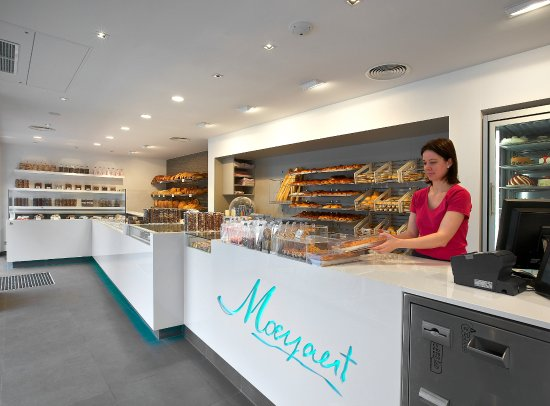 Passendale, Belçika: Shop interior