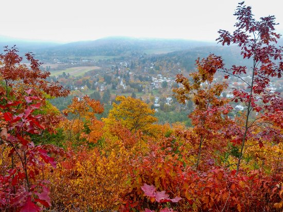 View of Woodstock from the top of Mount Tom