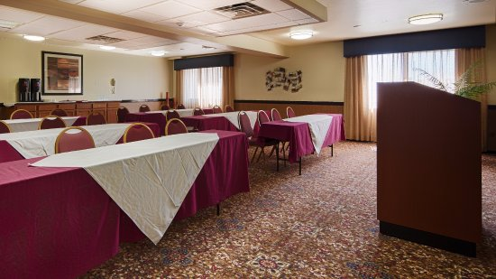 Best Western West Towne Suites : Meeting room that is popular for training classes or baby shower etc.
