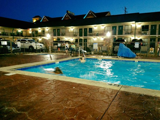 Mountain Breeze Motel Updated 2019 Prices Amp Hotel