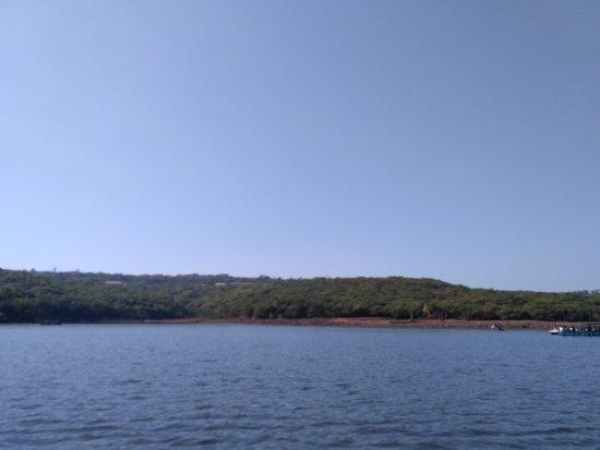 Venna Lake: view