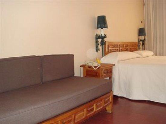 Rancho Hotel El Atascadero: Habitación Superior con 2 camas matrimoniales, puede tener un balcón ó una terraza