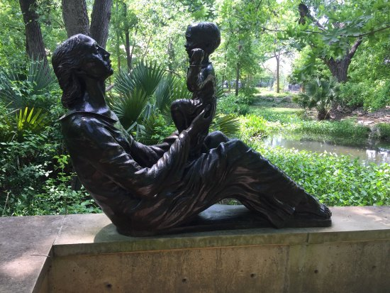 Umlauf Sculpture Garden & Museum: photo0.jpg