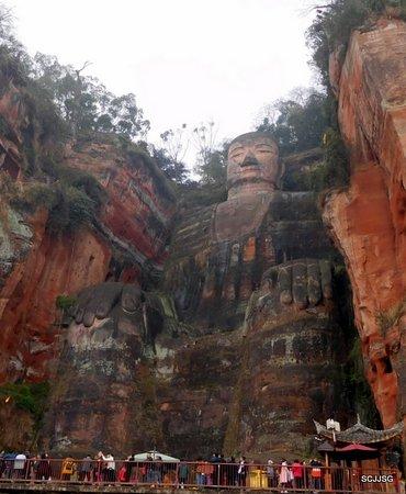 Emeishan, Chiny: Leshan Buddha