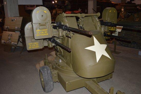 Normandy Tank Museum : American Quad Anti-aircraft Gun