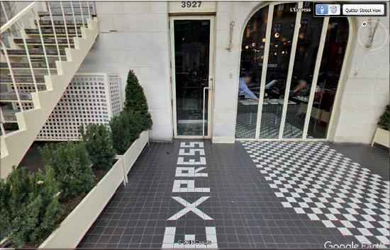 L'Express: nom du restaurant par terre