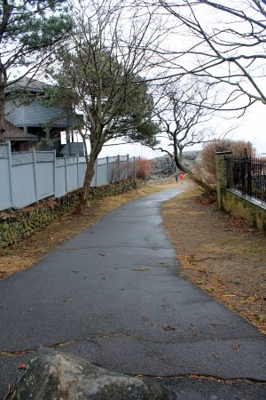Marblehead, MA: Path to castle rock